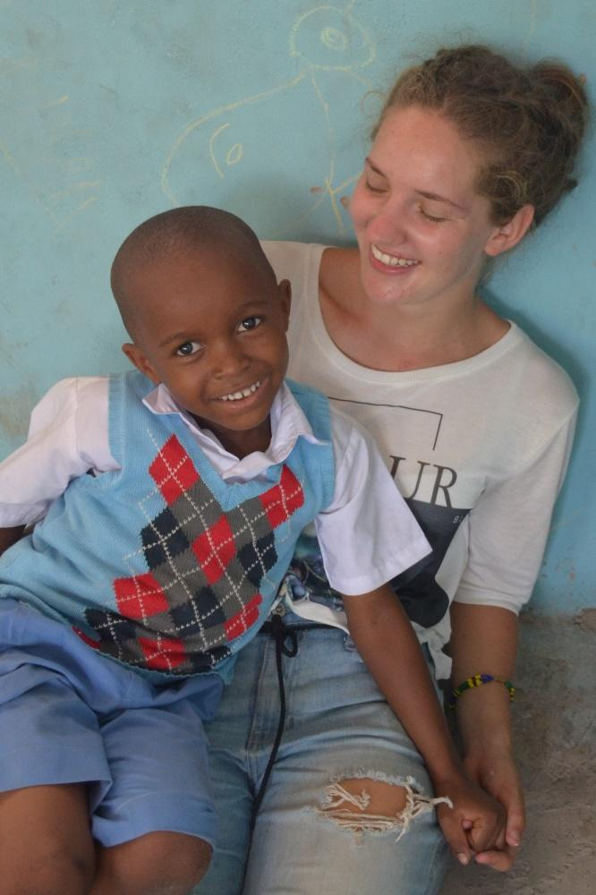 Rebekka Kalmbach with one of her students in Tanzania.